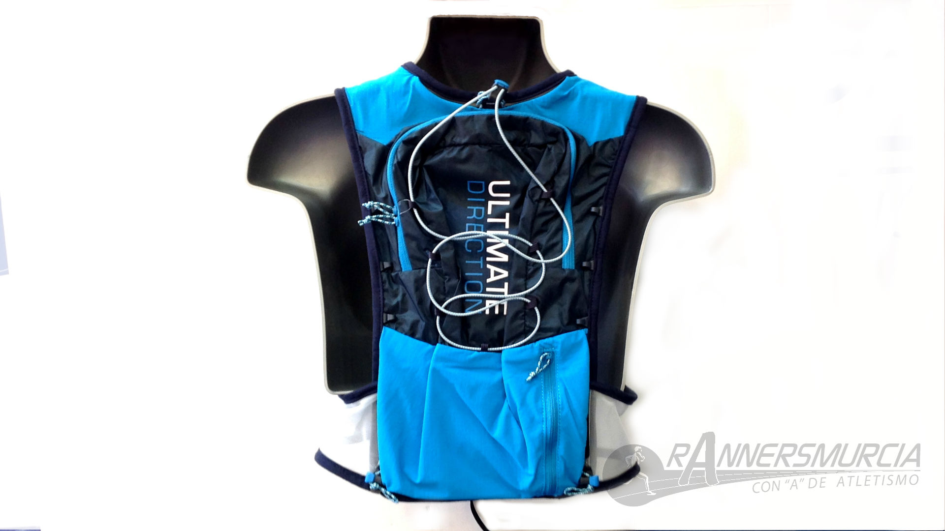 trail-running-ultimate-direction-ultra-vest-4-0-espalda-azul